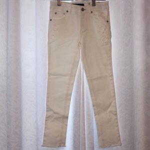Tommy Hilfiger NWT White Jeans 👖 Girls size 7🎀